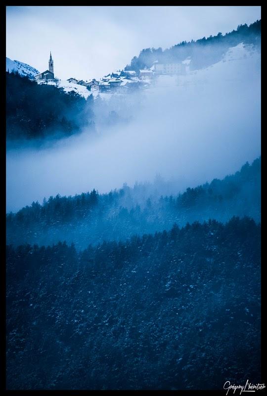 http://lg-photographe.blogspot.fr/2013/12/blog-post_9202.html