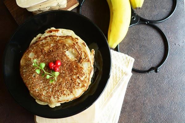 Sweet Banana Maida Dosai- Instant Recipe