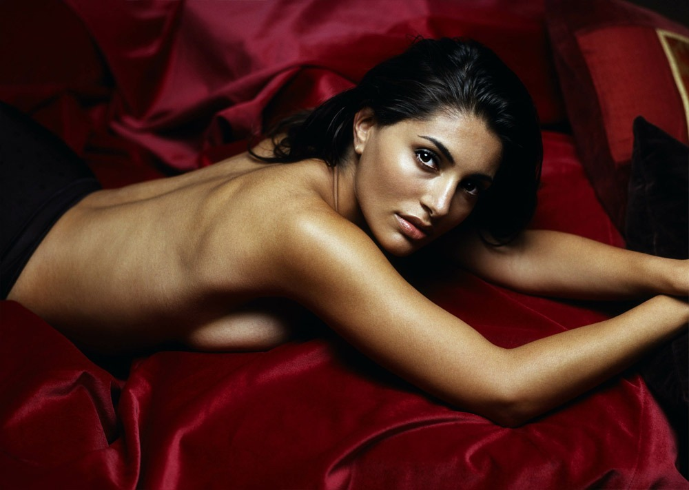 Caterina Murino - Images Hot