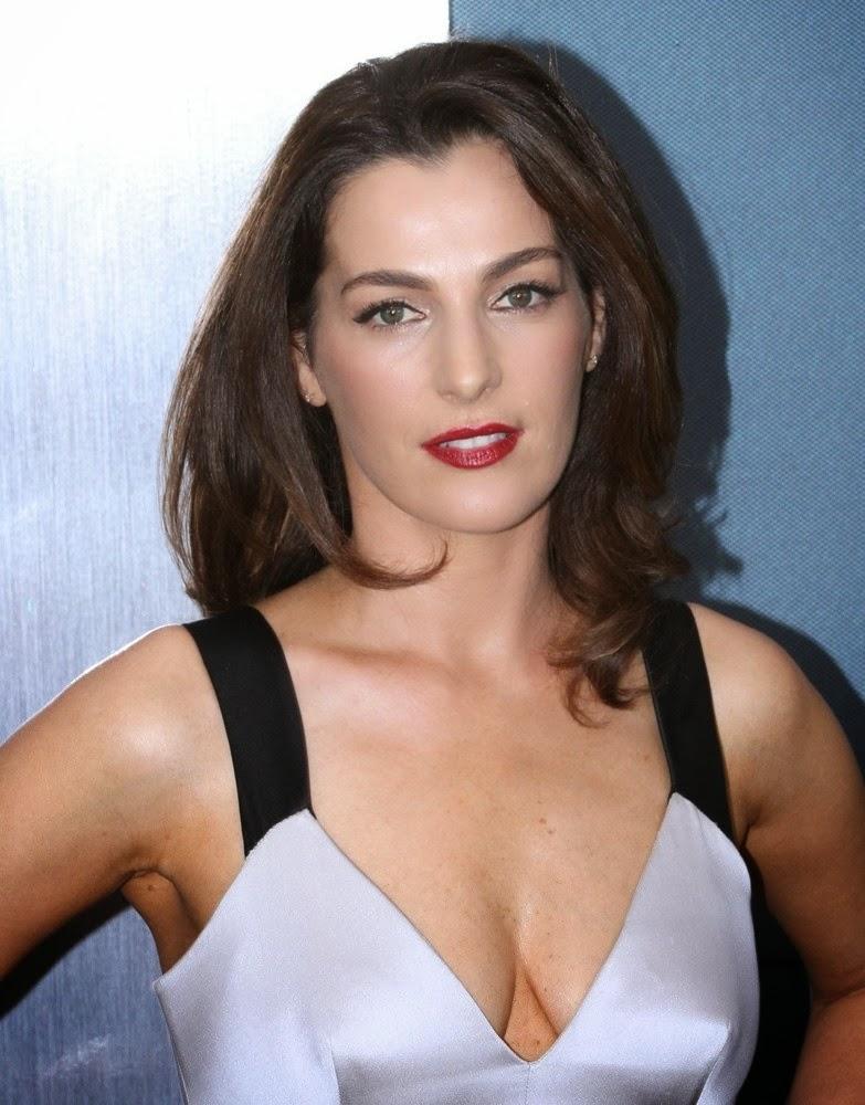 beautiful Ayelet Zurer