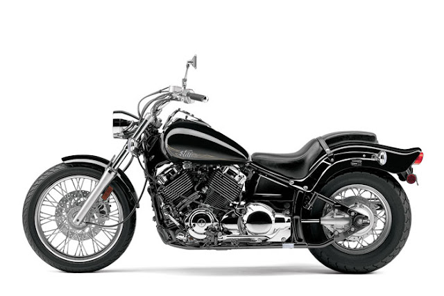 2013 Yamaha V-Star 650 Custom Photo 2