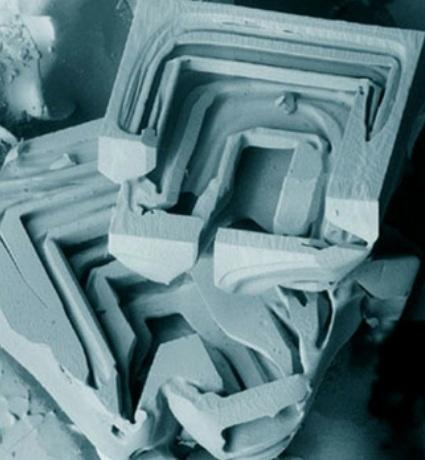 nieve al microscopio