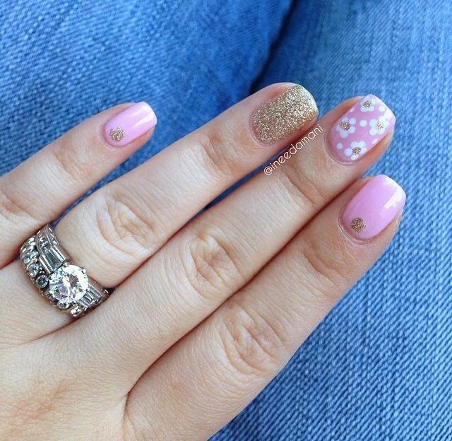 marc jacobs daisy nails