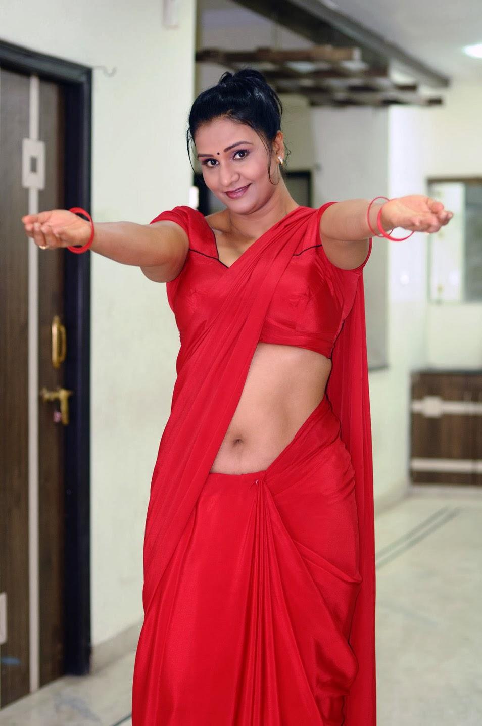 Apoorva Hot Navel Indian Actress Saree Below Navel Show ...