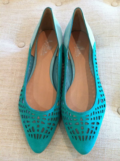 Belle Vada Flat Turquoise Cutout Shoe