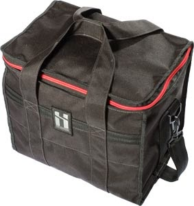 http://www.stylefile.de/mr-serious-12-pack-shoulder-tasche-schwarz-fid-44774.html/?pa=1&i=430