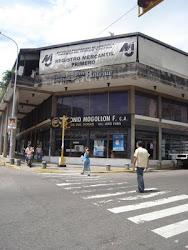 5ta Avenida con Calle 15