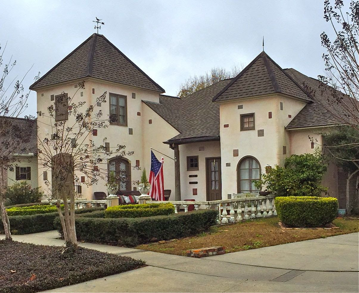 Louisiana homes and land homes in old world villas in for Olde world homes