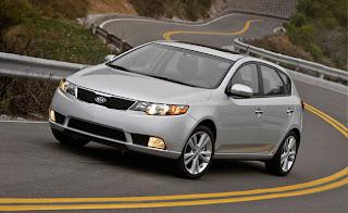 2012-Kia-Forte-5-Door-Hatchback-Feature-0410_rdax_646x396