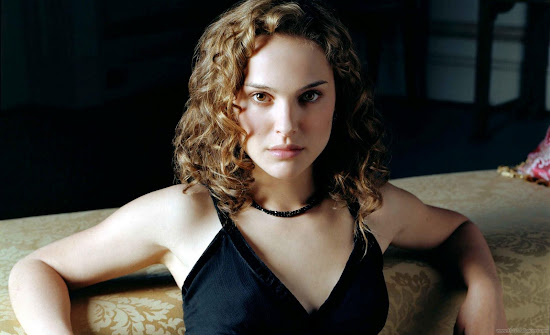 Natalie Portman Actress Latest HD Wallpaper-1600x1200