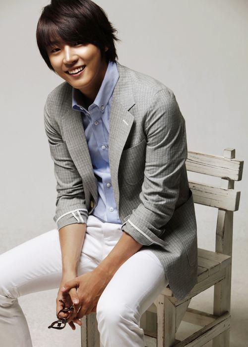 g Yoon Shi Yoon