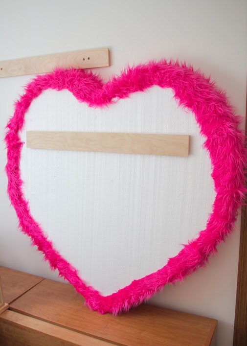 Project denneler big pink furry heart shaped bulletin for Heart shaped bulletin board