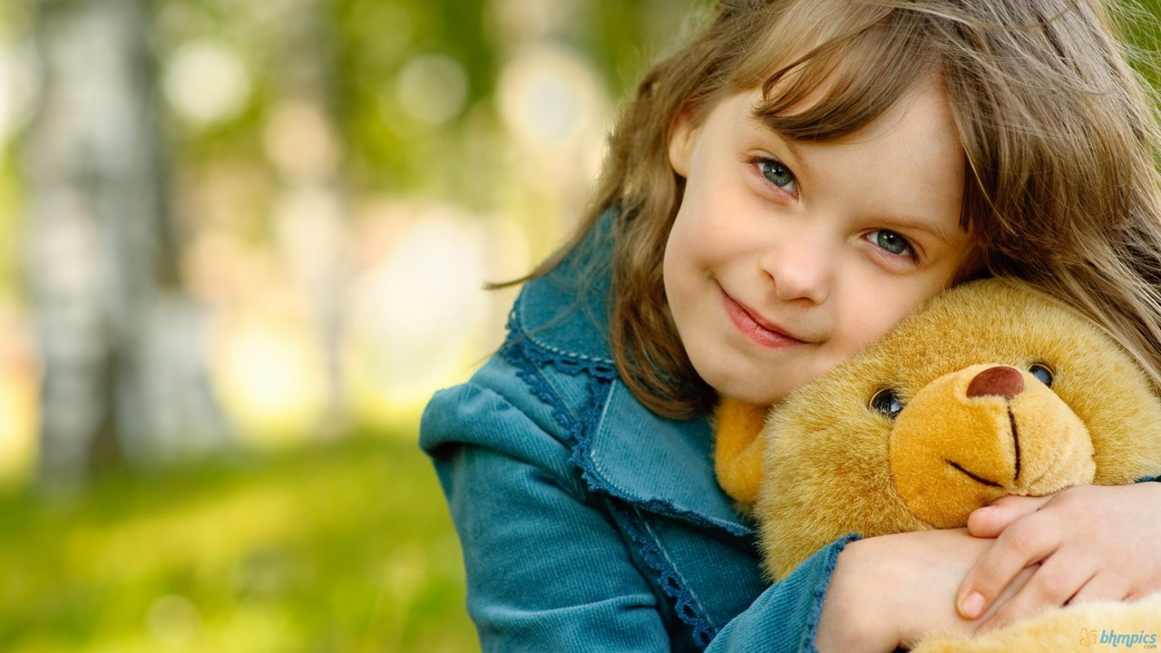 Cute Little Girl With Her Teddy Bear HD Wallpaper 1280 x 720Baby Girl Teddy Bear