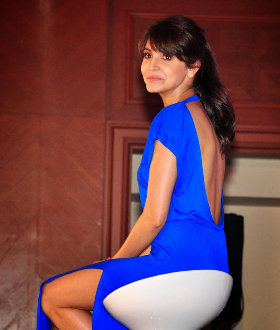 Anushka Sharma Flaunts Back