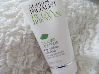 Review, Skincare, Una Brennan, Super, Facial, Scrub, Tea, Flower, Polish, Boots, Scent, Blog