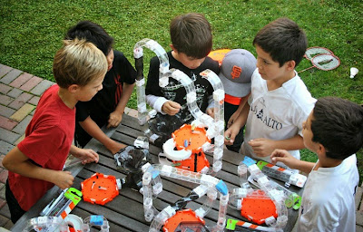 HEXBUG Nano V2 party