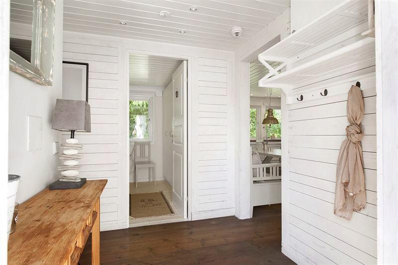 Estilo rustico casa rustica de madera en suecia - Pintura para maderas interior ...