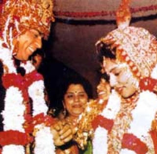 Shahrukh Khan and Gauri Wedding