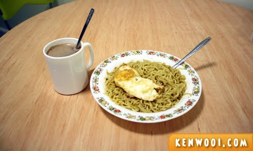 homecooked noodles