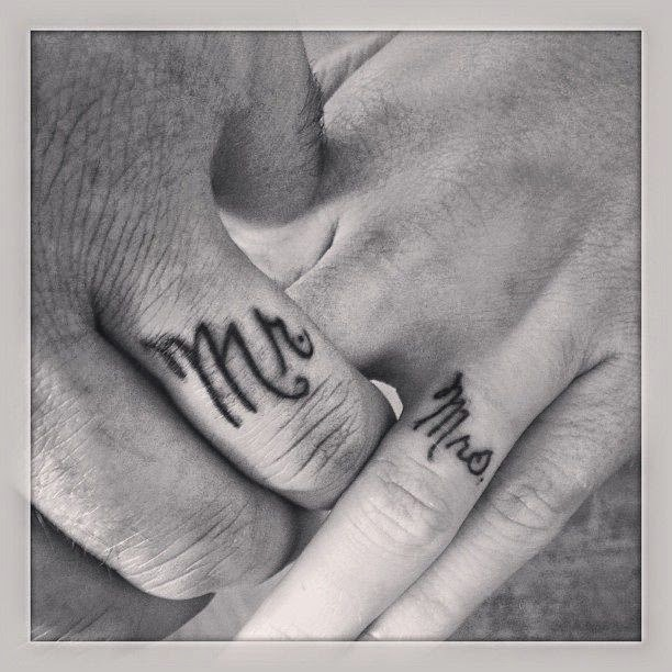 ♥  ♫ ♥ Husband and wife ring finger tattoos! ♥  ♫  ♥