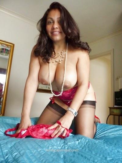 XXX nude indian desi bhabhi naked photos boobs pussy sex ...