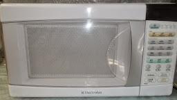 aluga-se microondas e forno elétricos