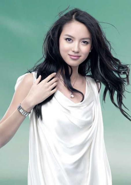 Zi Lin Zhang sexy in dress fashion