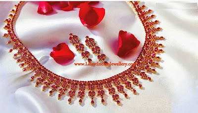Blood red rubies necklace