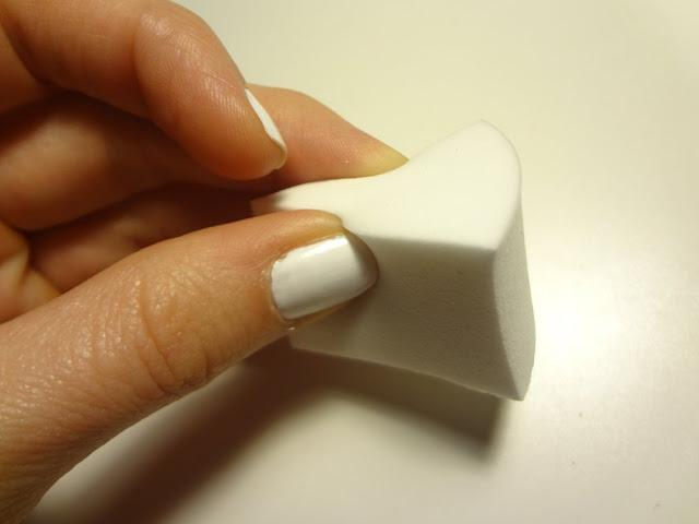 triangle makeup sponge