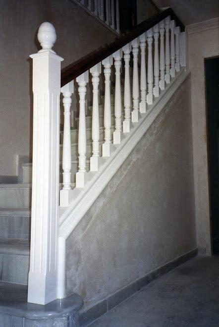 Barandas de madera para escaleras - Barandas de escaleras de madera ...