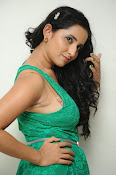Ishika singh new hot photos-thumbnail-3