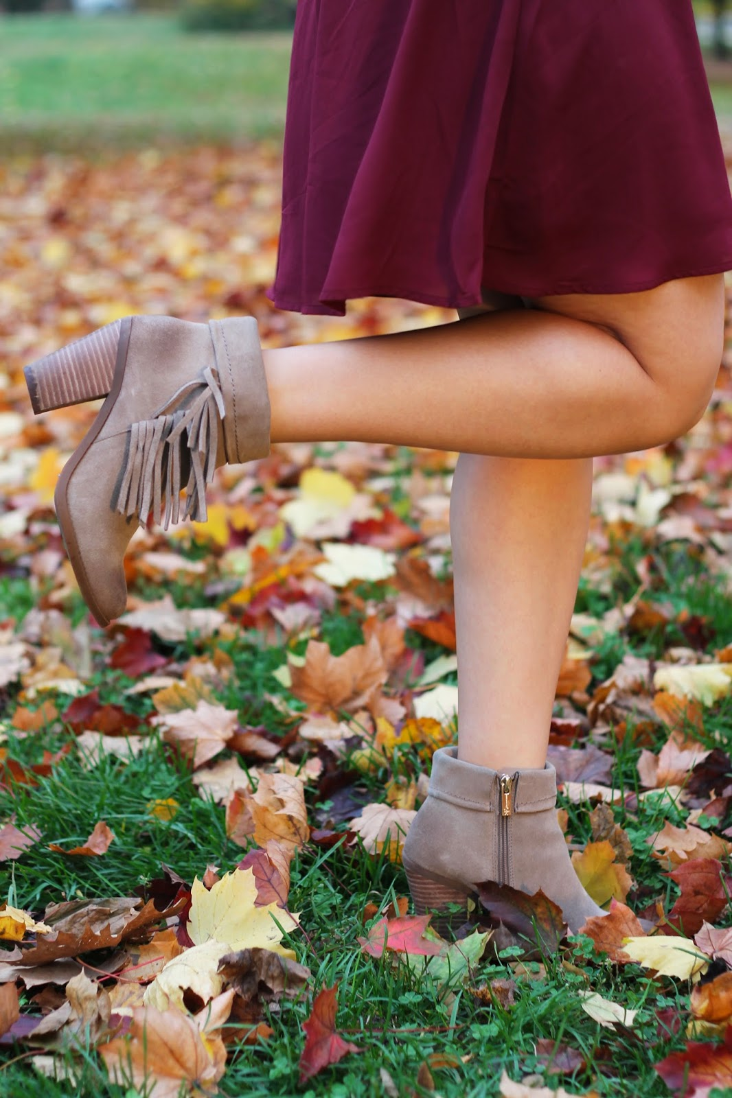burgundy, fall, fall style, forever 21, 21, rocksbox, jewelry, marshalls, jessica simpson, booties, taupe, fringe, new york, new york blogger, birthday, anniversary, one year, colorful, fall foliage, rbitgirl,