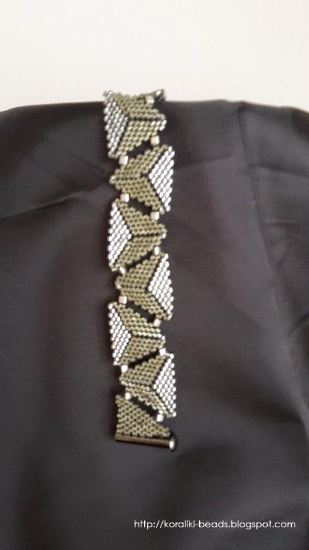 Toho beads bracelet with triangles