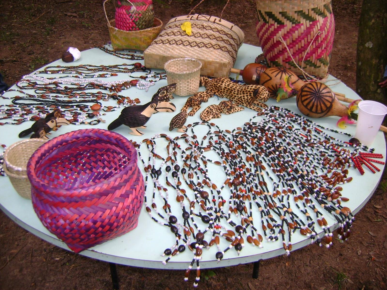 Aparador Negro Barato ~  u00cdndio cidad u00e3o do mundo! Venda de artesanato indígena