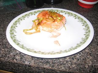 Roasted salmon with leeks