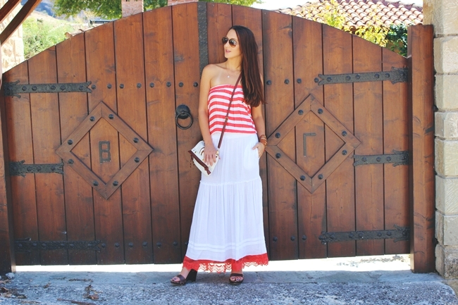 Maxi dress,Red & White Stripes.red and white striped maxi dress.Zara wooden wedges.Ray Ban Aviator sunglasses.gold necklace.Moda za leto.Late summer looks.