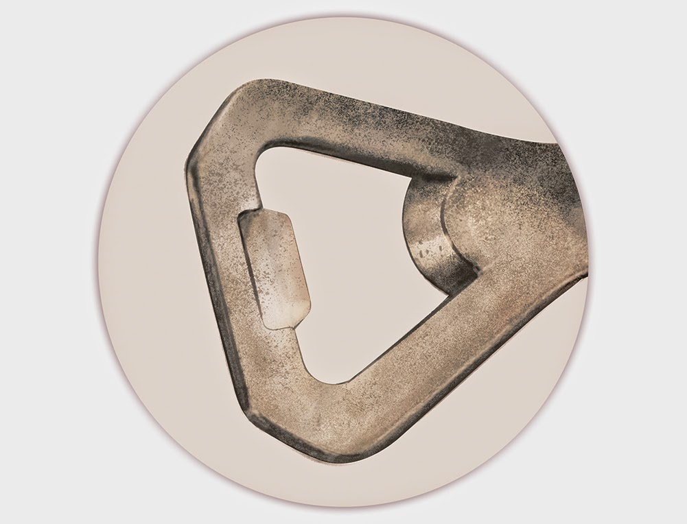 Detail of Bunchy bottle opener - digital paint - retro advertisement - design and illustration by Cesare Asaro - Curio & Co. - Curio and Co. OG - www.curioandco.com