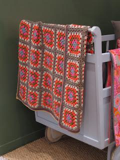 Plaid au crochet granny squares Coton et lin DROPS