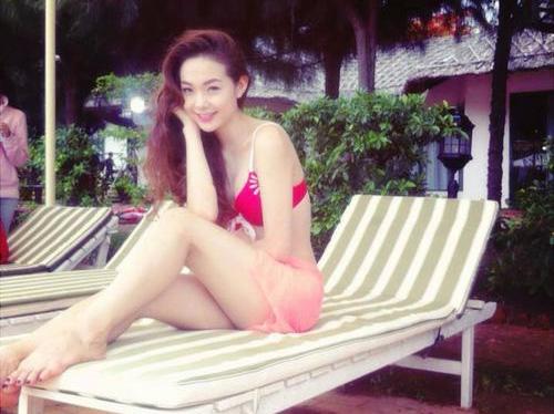Bikini hot girl Minh Hằng