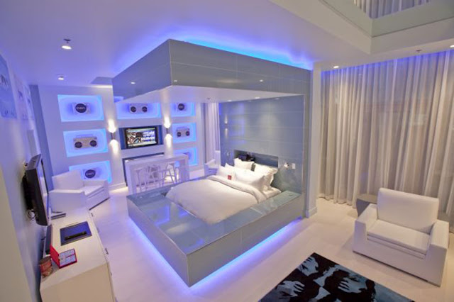 miami blue suite interior design