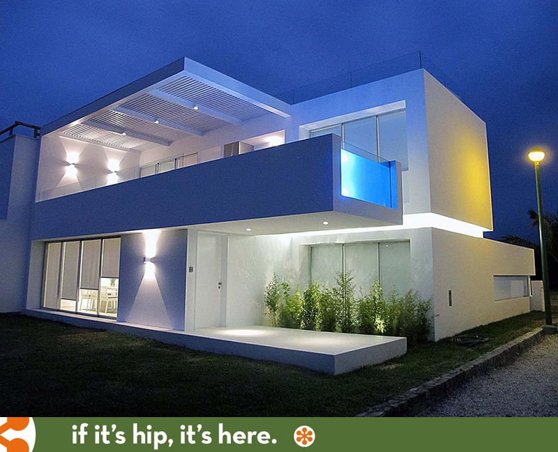 If It's Hip, It's Here (Archives): Modern Beach House In ...