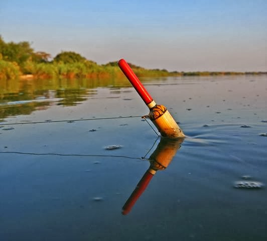 Trotting the Zambezi For Tigerfish With Bob Roberts!