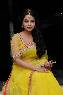 Bhavya Shri looks amazingly Beautiful in yellow Transparent Saree WOW