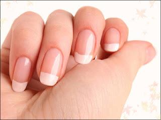 http://arganoilhome.com/wp-content/uploads/2015/09/argan-oil-for-nails.jpg