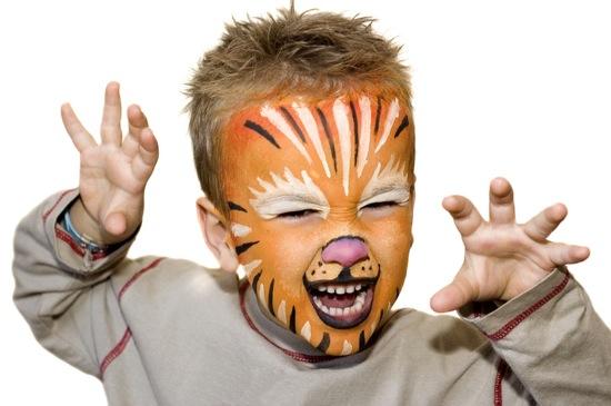 maquillaje facil leon