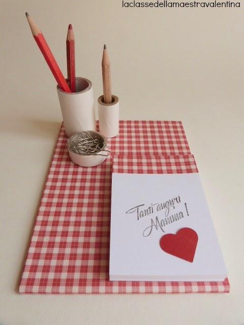 La classe della maestra valentina porta penne e for La classe della maestra valentina accoglienza