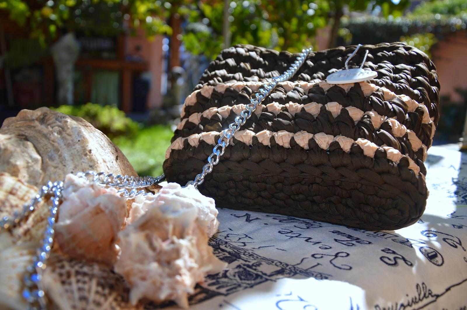 Borsa cotone lucido marrone inserti plissè rosa antico