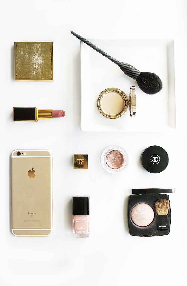 rose-gold-flat-lay-beauty-makeup