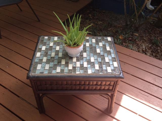 Trash To Treasure - DIY Outdoor Table