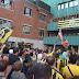 Miles de personas agradecen al Barakaldo CF el ascenso a Segunda B